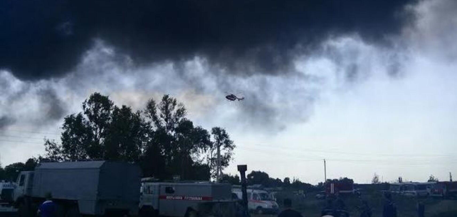 В ГСЧС рассказали, когда потушат пожар на нефтебазе в Василькове