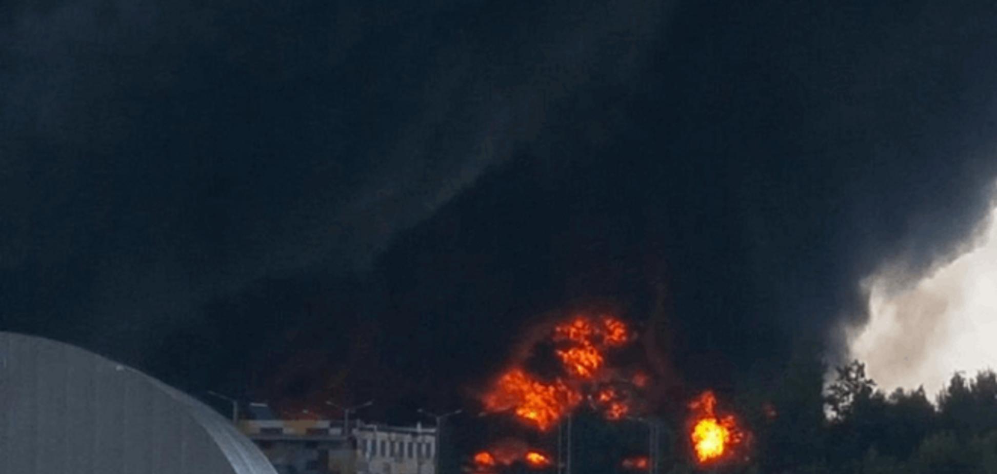 Аваков сообщил о гибели трех спасателей при пожаре в Василькове
