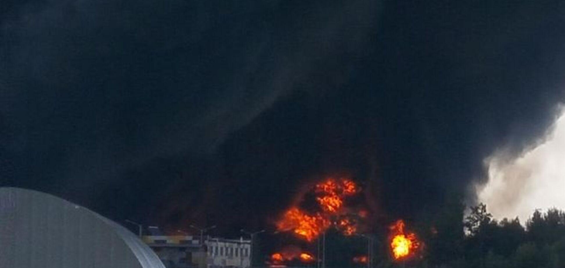 Загроза спалаху ще однієї нафтобази: персонал і техніку евакуювали