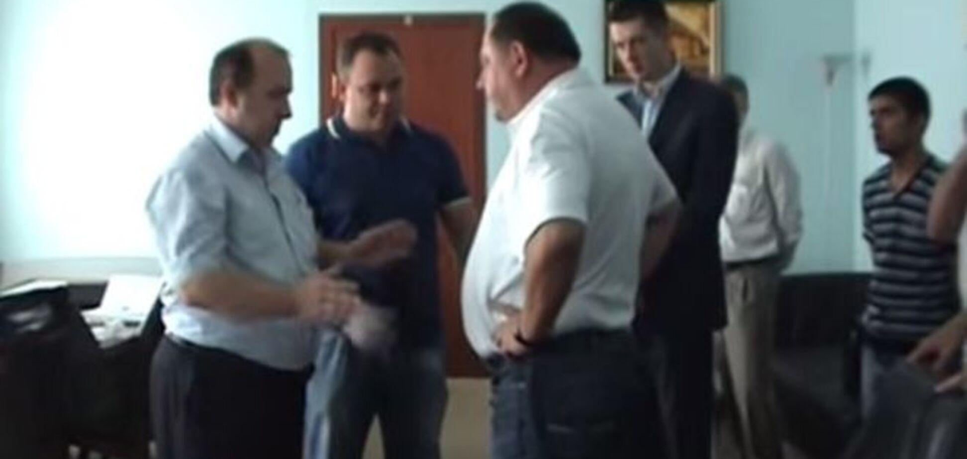 Почувствуй себя присяжным. Геращенко опубликовал оперативное видео задержания экс-ректора Мельника