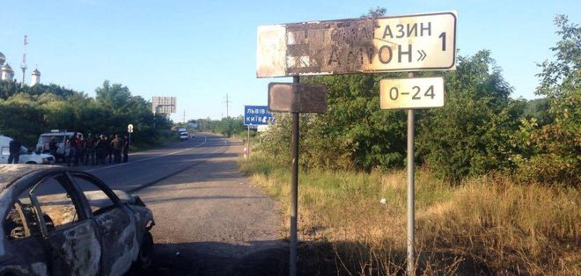 Из села на Закарпатье, где засел 'Правый сектор', эвакуируют жителей