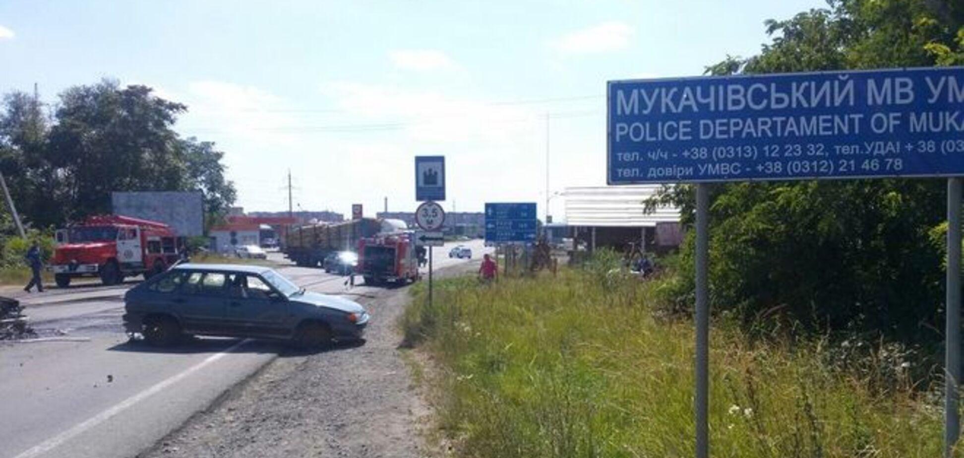 Тарасенко пояснив, де 'Правий сектор' в Мукачеві взяв зброю