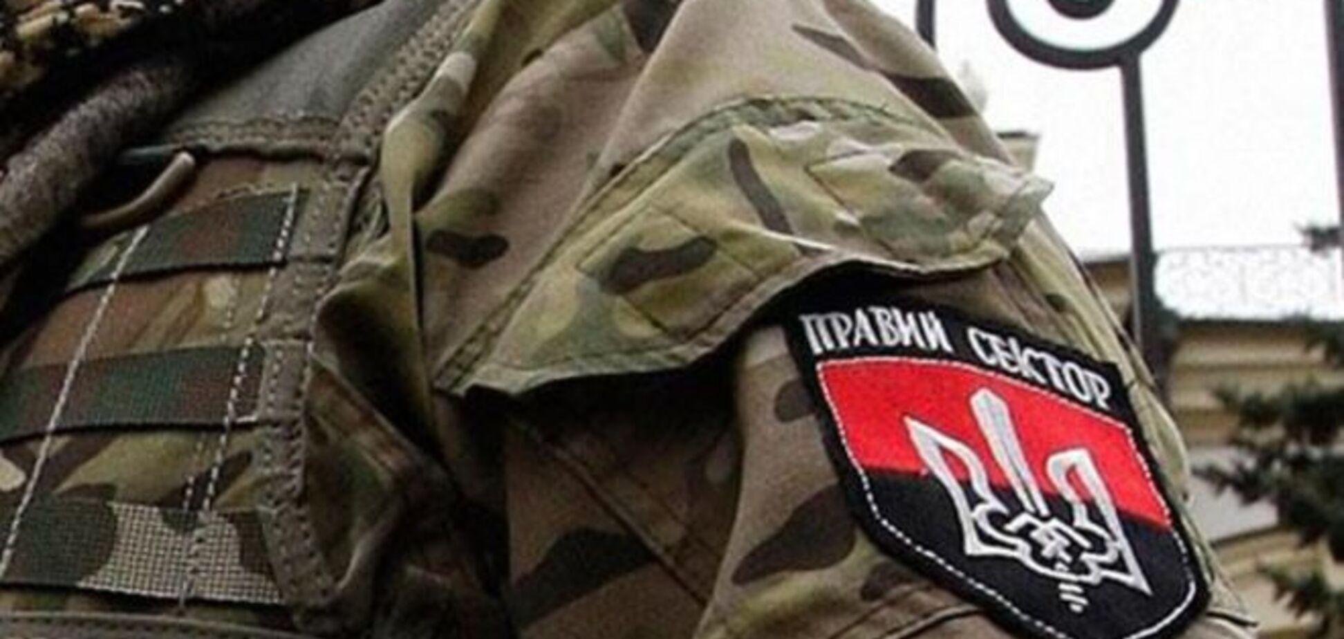 'Правий сектор' на контакт не йде - голова Закарпатської ОДА