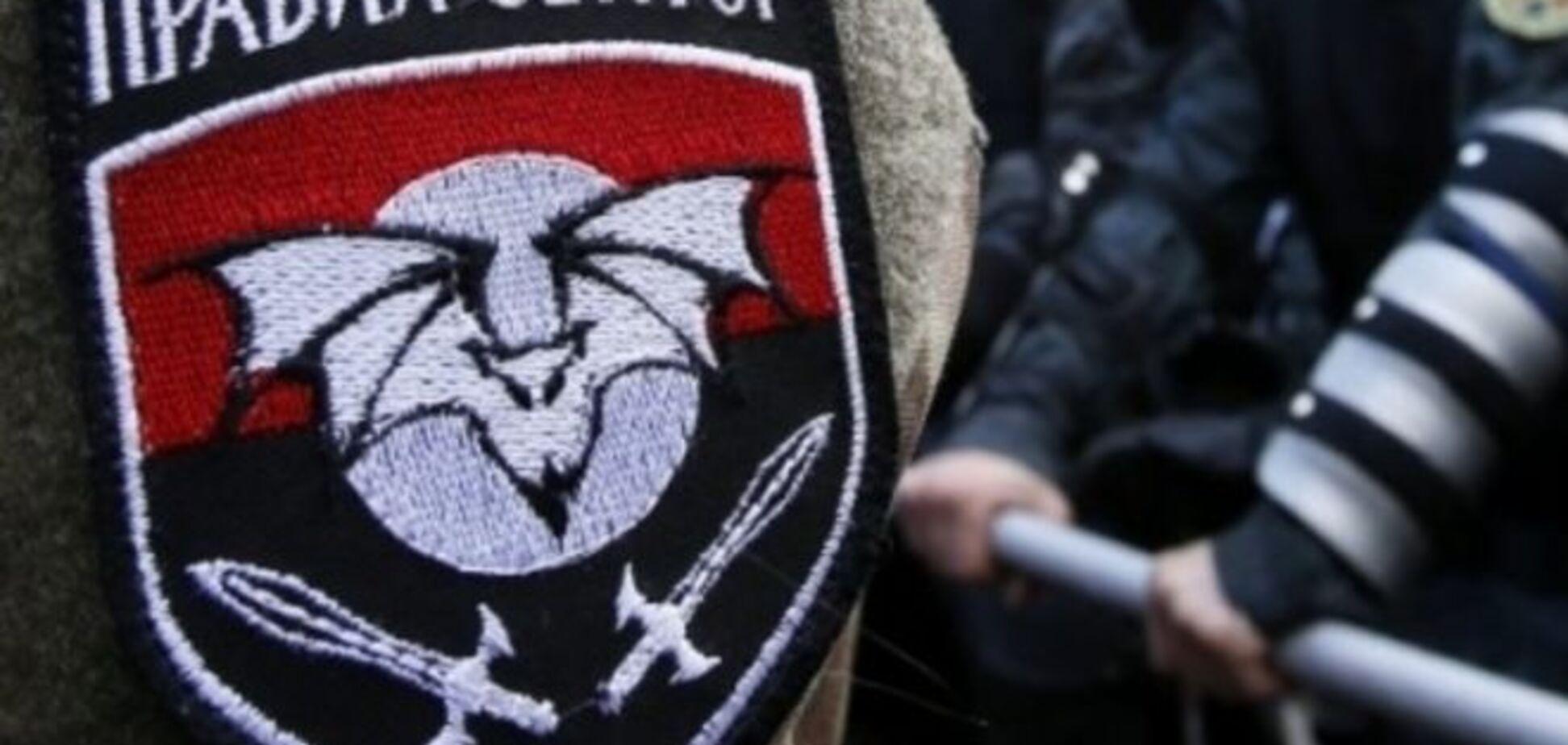 Всі тренувальні бази 'ПС' на західній Україні заблоковані силовиками - 'Правий сектор'