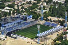 Оккупированный Крым зовет на помощь украинских футболистов