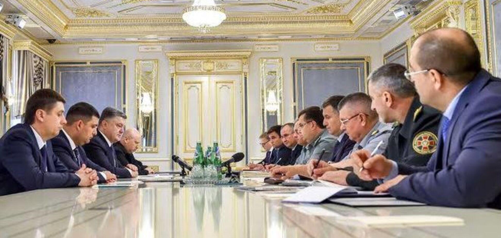 Порошенко о бойне в Мукачево: это дискредитация настоящих патриотов