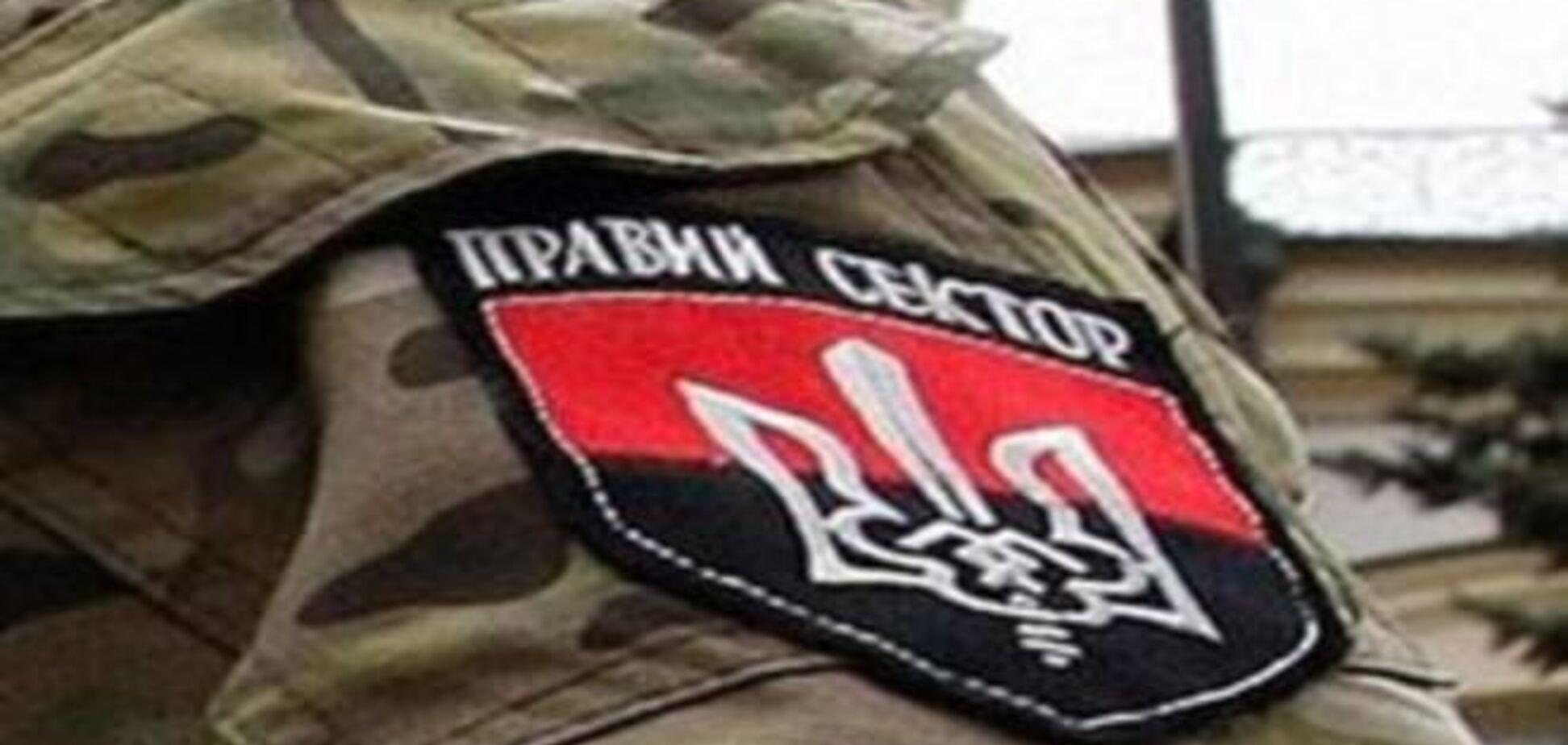 'Правый сектор' занял еще один блокпост на въезде в Киев