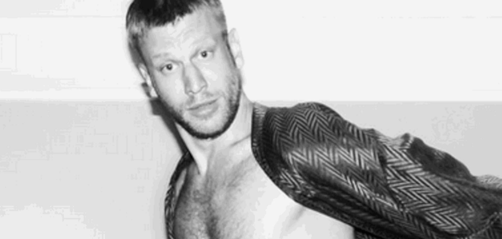 Пьяный Иван Дорн показал оголенное тело в белоснежных плавках