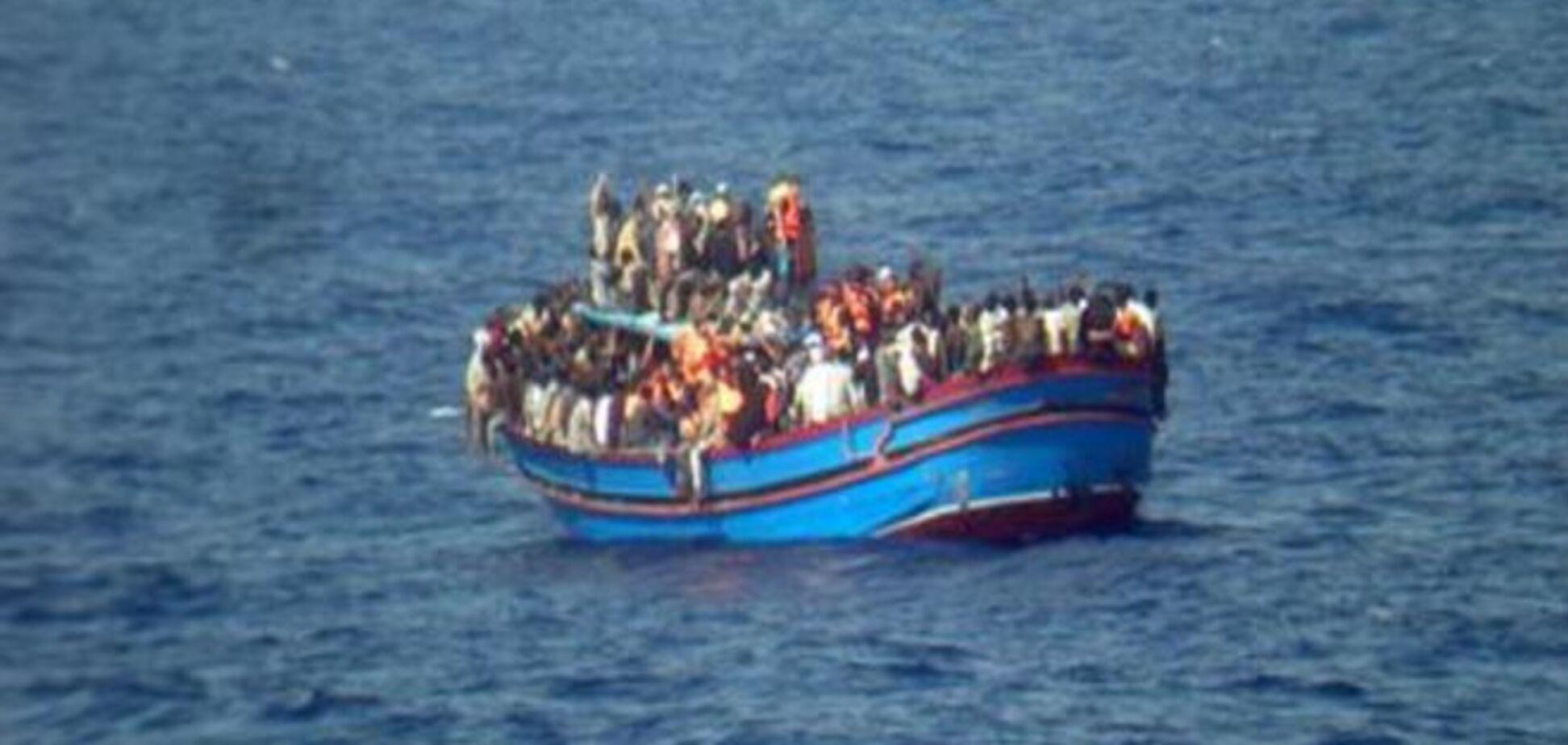 Біля узбережжя Лівії врятували 2700 мігрантів