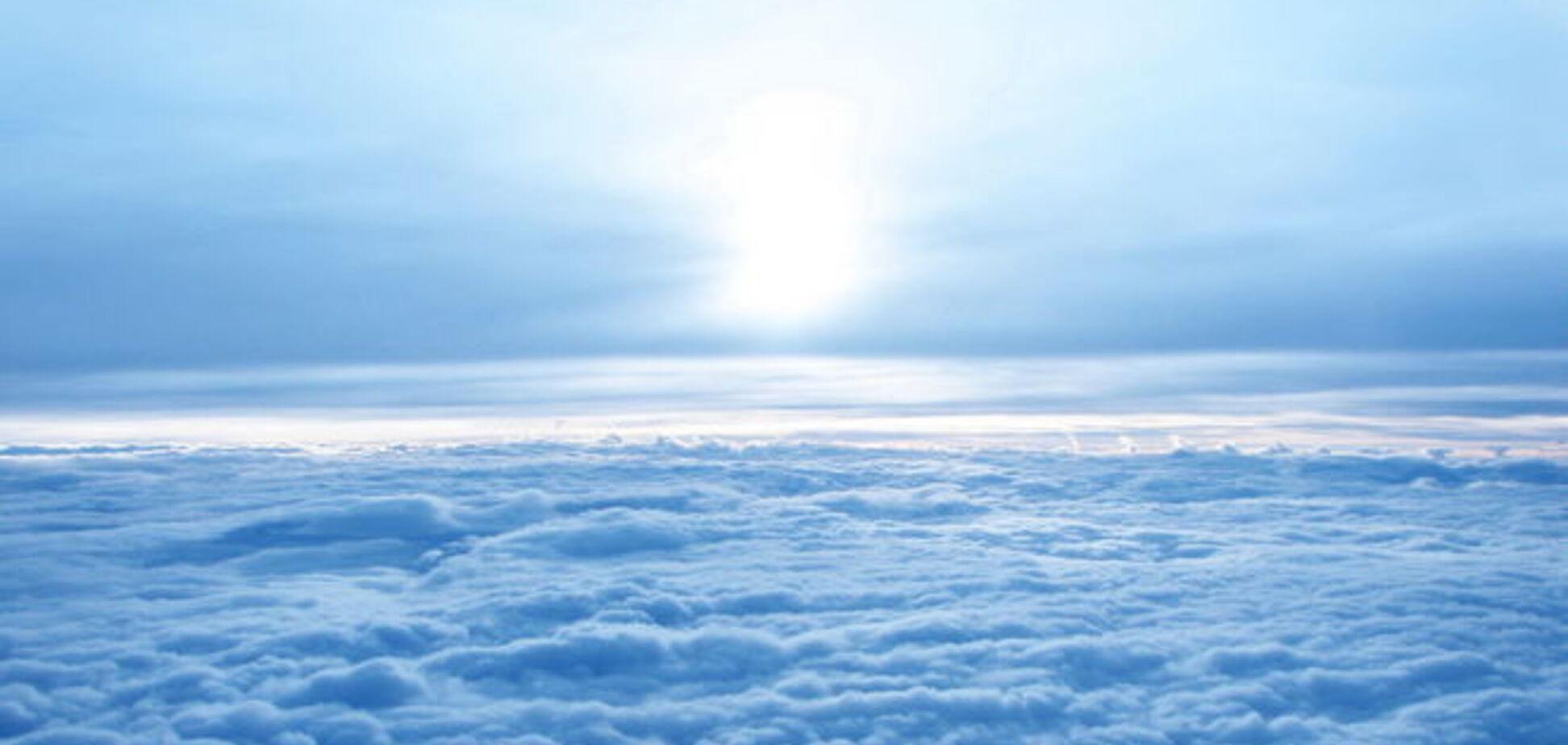 Вчені виявили в небі природний адронний коллайдер
