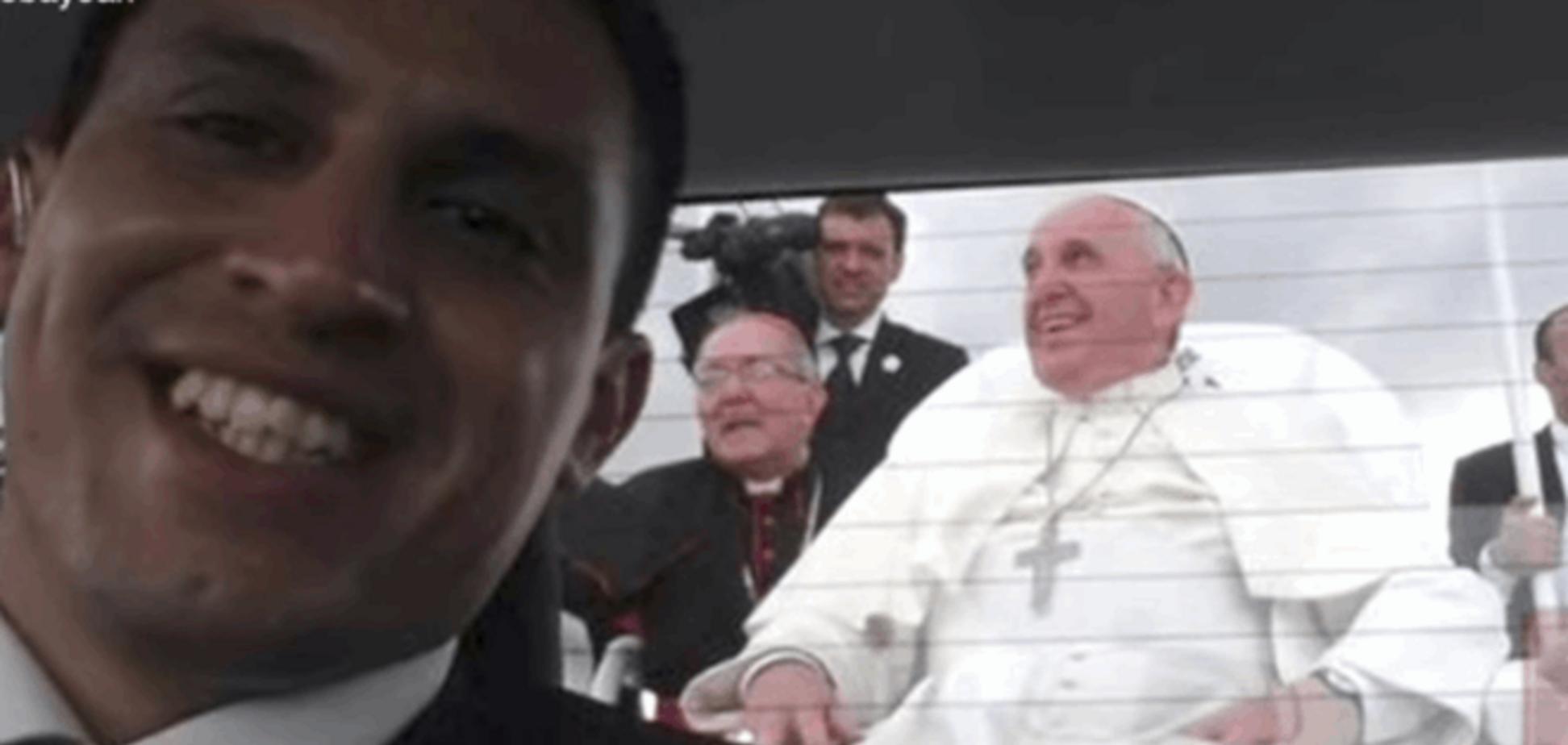 'Тепер я - зірка': водій Папи Римського прославився після селфі із Франциском