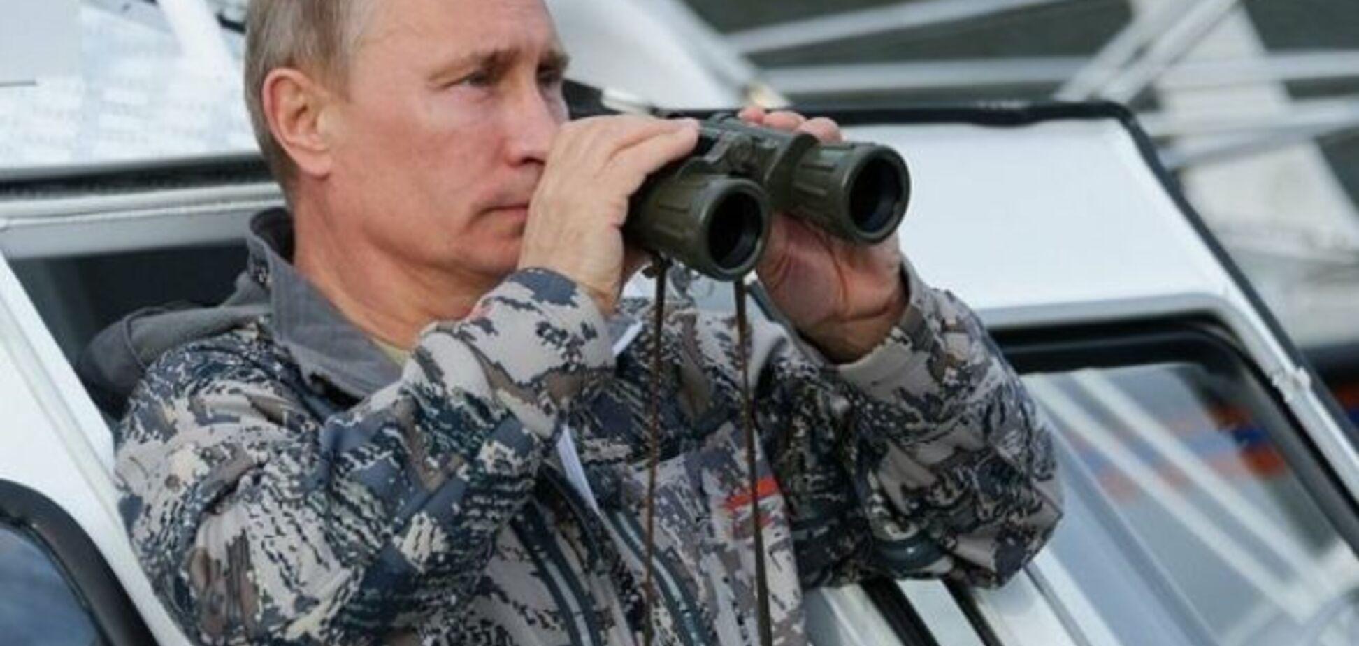 Ігри в війнушки: у приймальні Путіна помітили танк