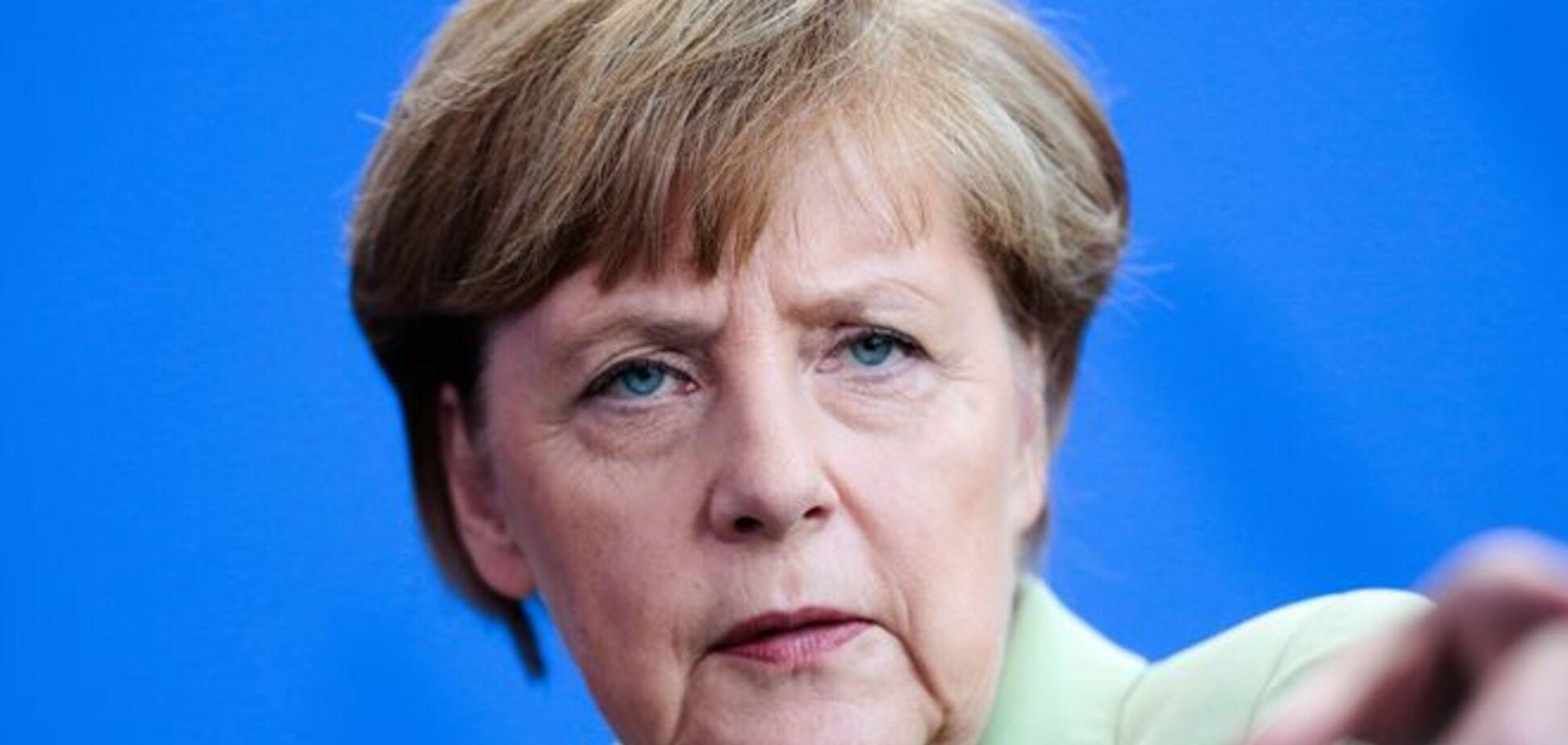 Меркель у прямому ефірі довела дівчинку до сліз: відеофакт