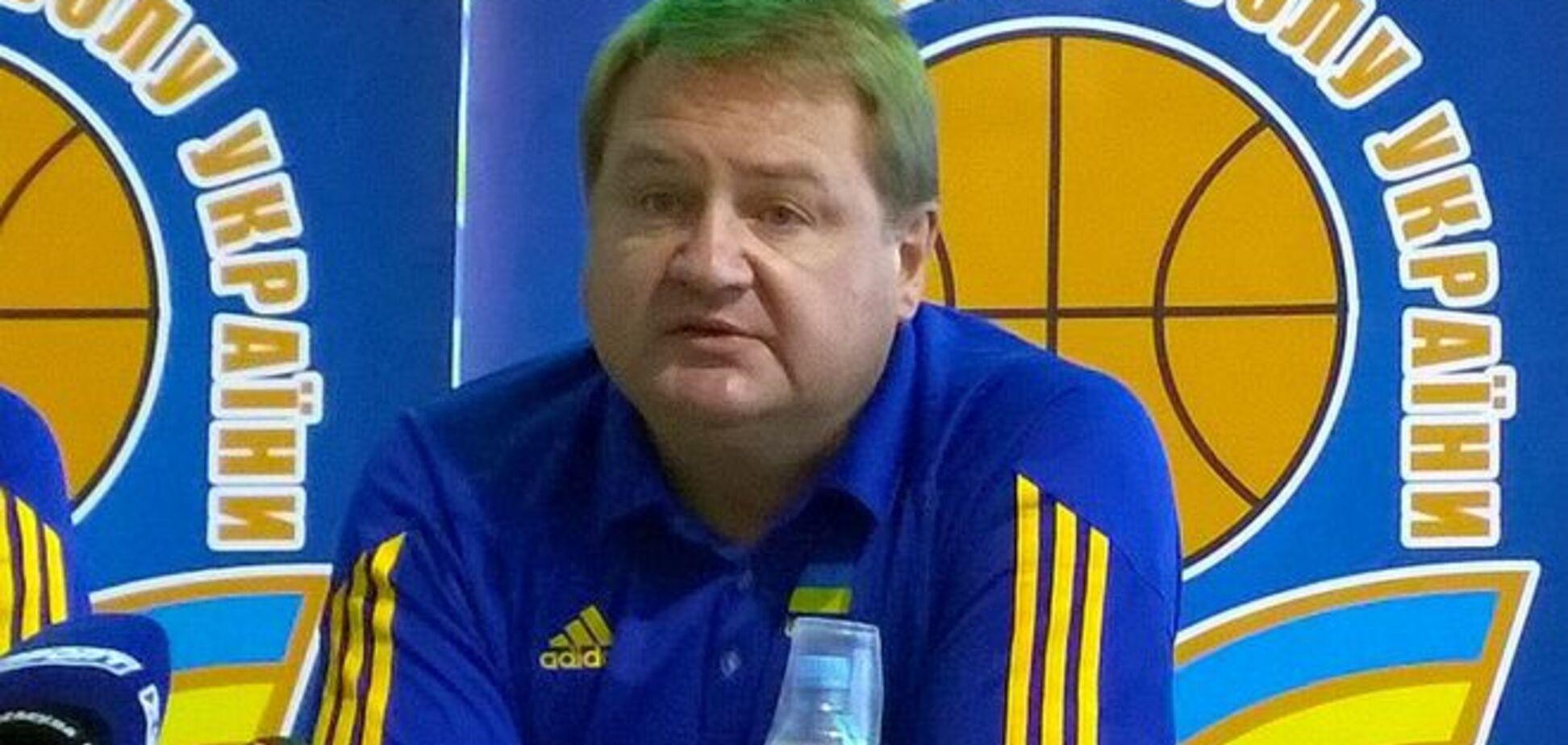 Названы новые ассистенты главного тренера сборной Украины