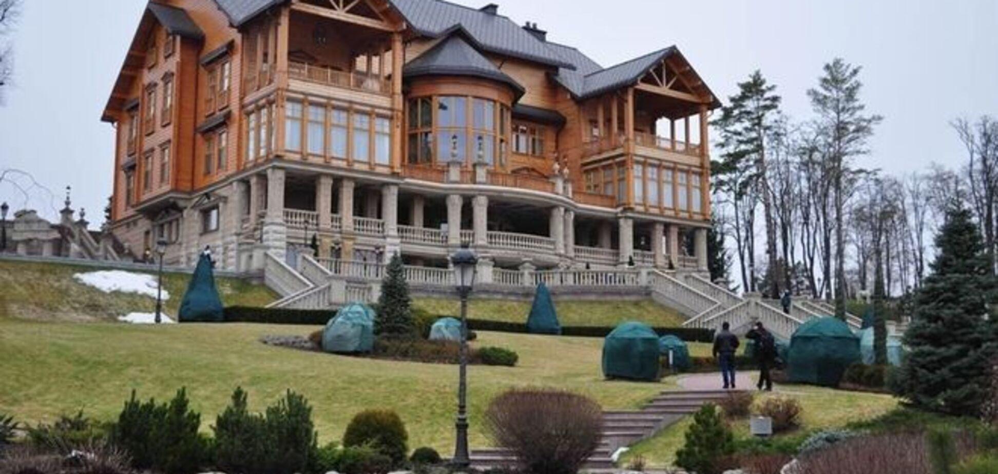 Скандал у 'Межигір'ї': резиденція заборгувала за світло 11 млн грн