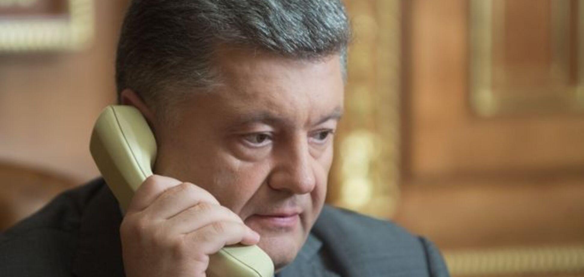 Порошенко потребовал от Путина отпустить всех заложников