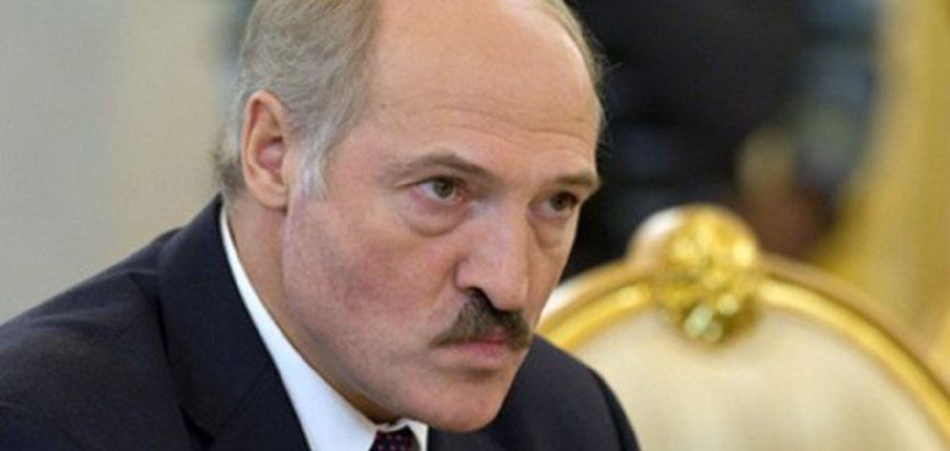 У Білорусі знайшлося 13 претендентів на крісло Лукашенка