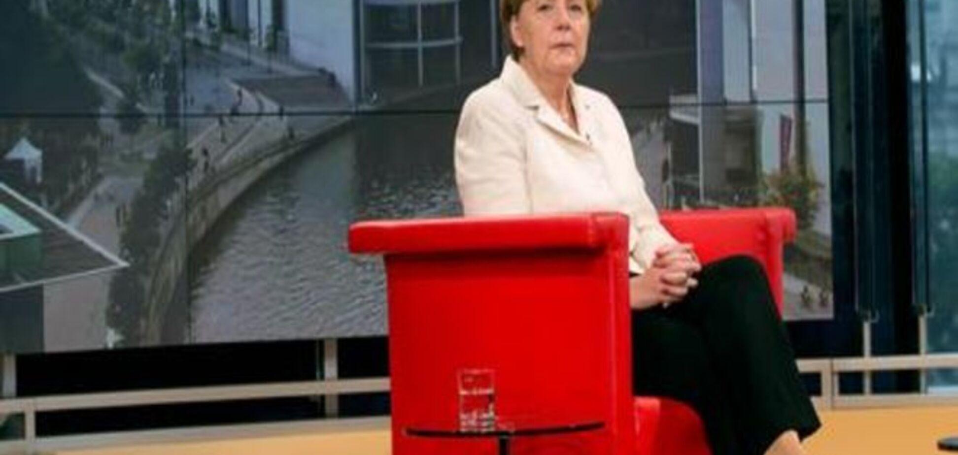 Меркель набридли розмови про вихід Греції з Єврозони