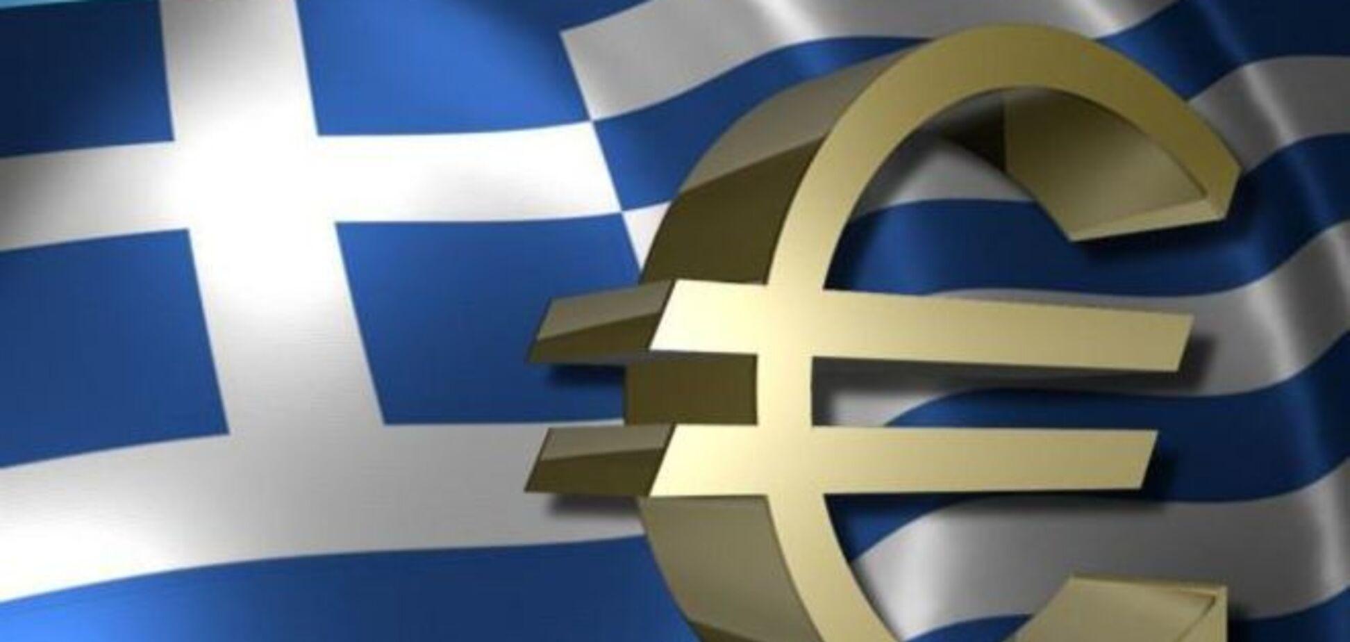 Грекам дозволили знімати в банкоматах по 300 євро на тиждень