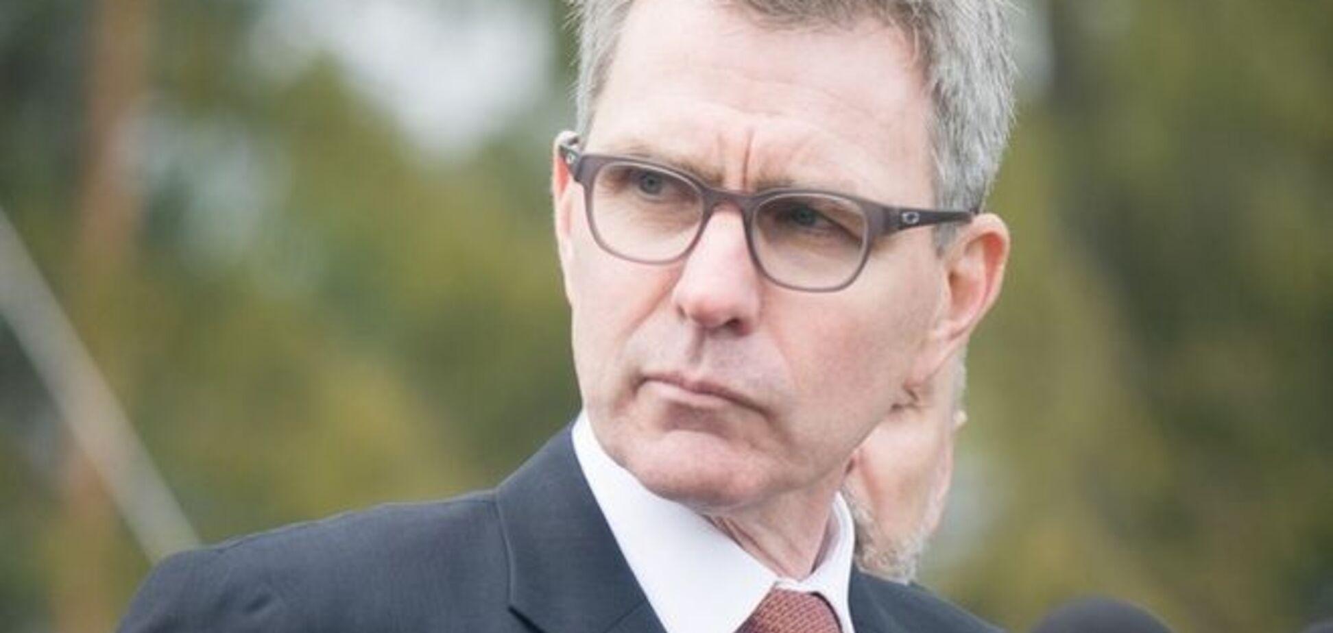 Посол США лично проверит ситуацию в Закарпатье после бойни в Мукачево