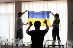 Избиения и фальсификации: как прошли выборы в Чернигове