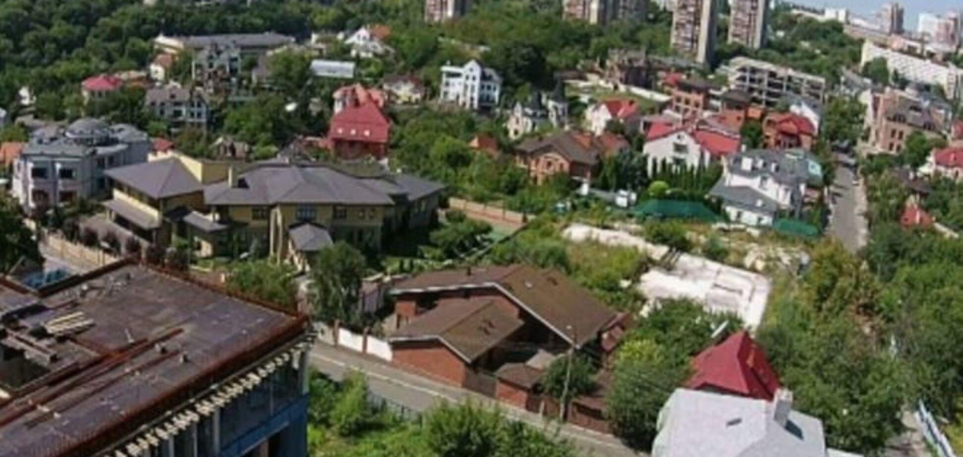 Соседи Президента. Стало известно, кто живет рядом с Порошенко: расследование