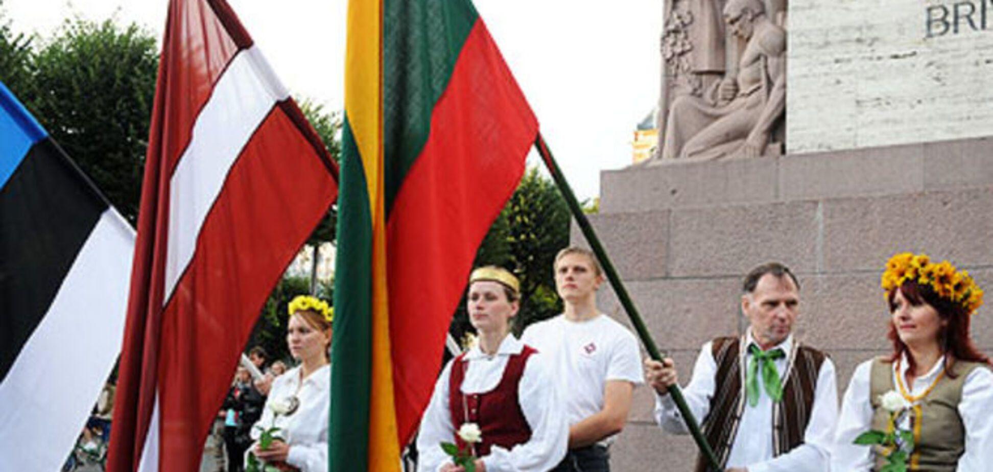 Почему Путин проигрывает в Прибалтике