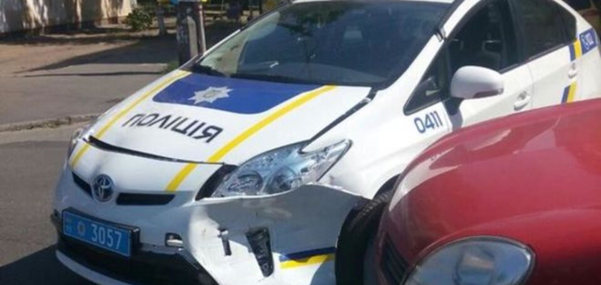 Почему новые полицейские разбивают автомобили?
