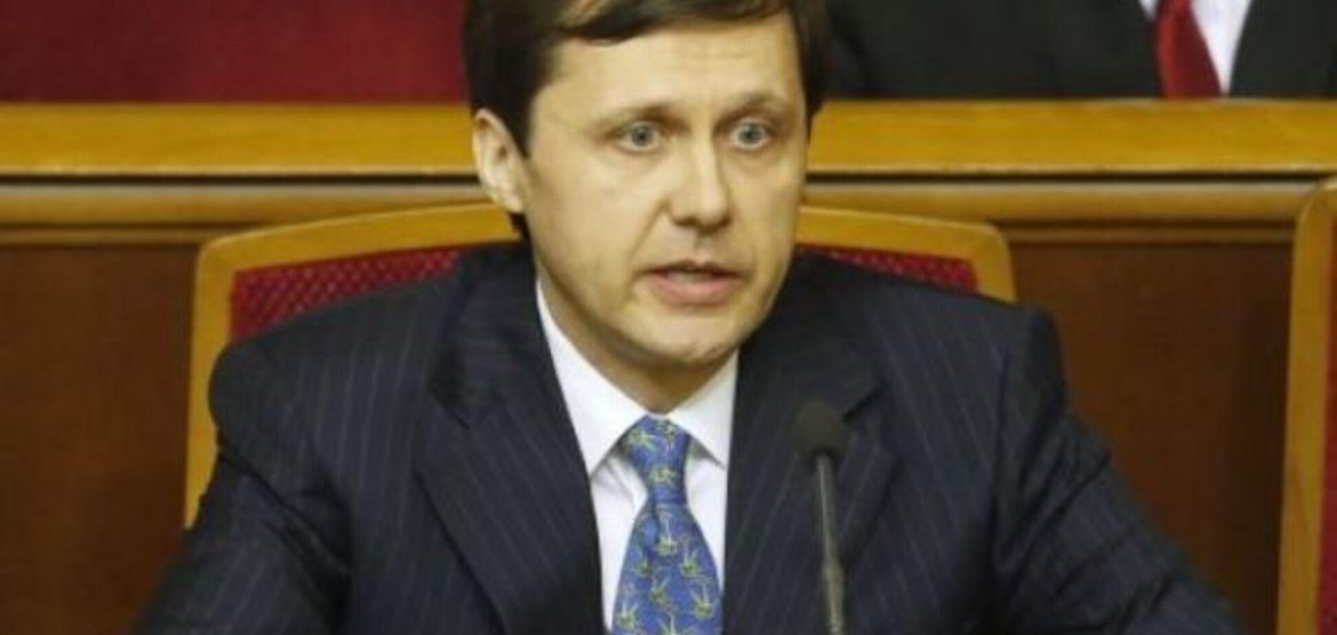 Шевченко предрек Яценюку отставку через 3 месяца