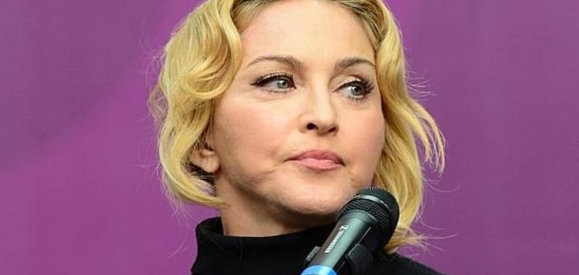 У Росії депутат обізвав Мадонну, яка захищає геїв, 'старою' і 'дурепою'