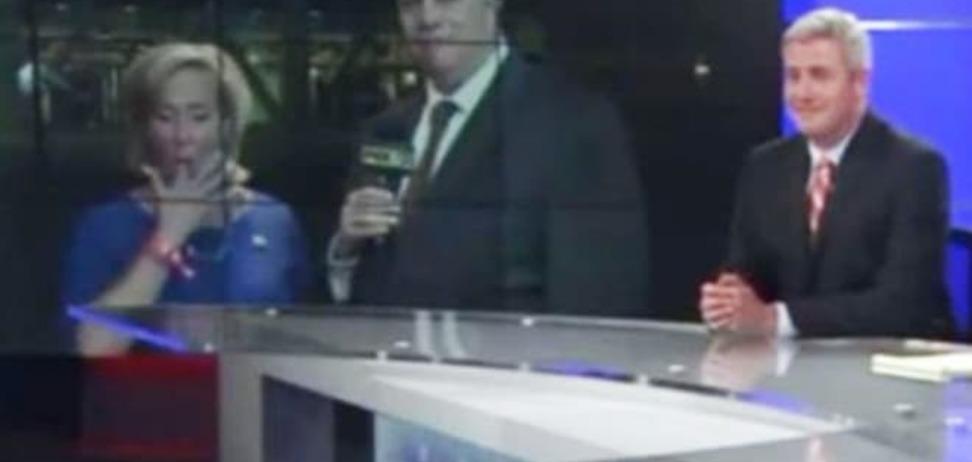 В США чиновница съела содержимое носа в прямом эфире: видеофакт