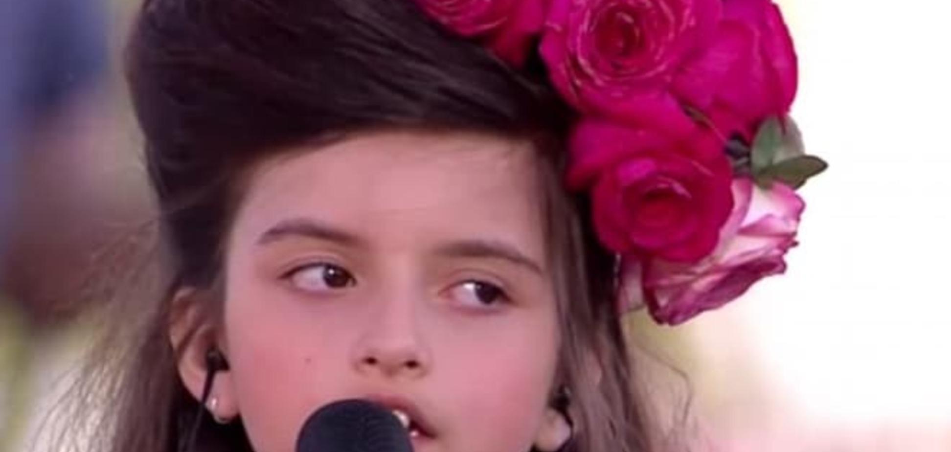8-летняя девочка с необычным голосом Эми Уайнхаус стала сенсацией сети