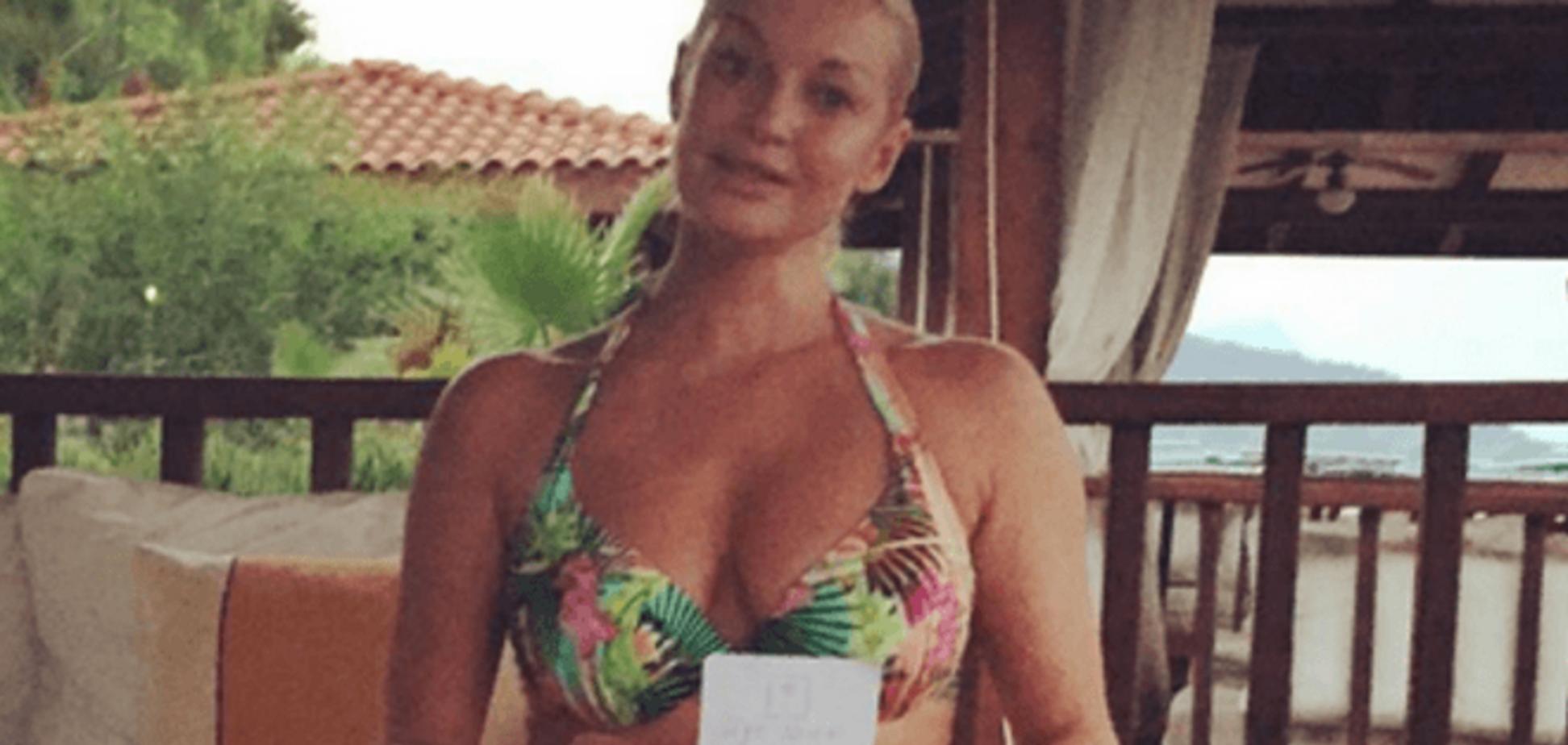 Волочкова на пляже получила сюрприз от тайного поклонника