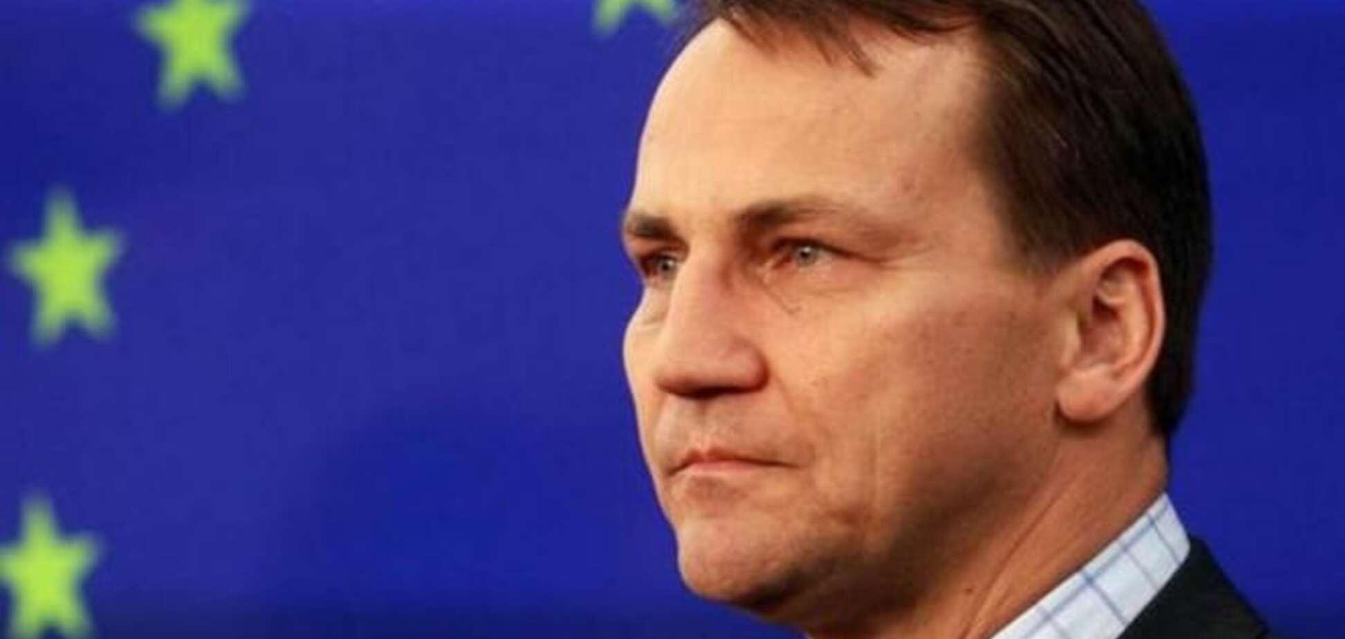 Минские соглашения отбросили ЕС на десятилетия назад - Сикорский