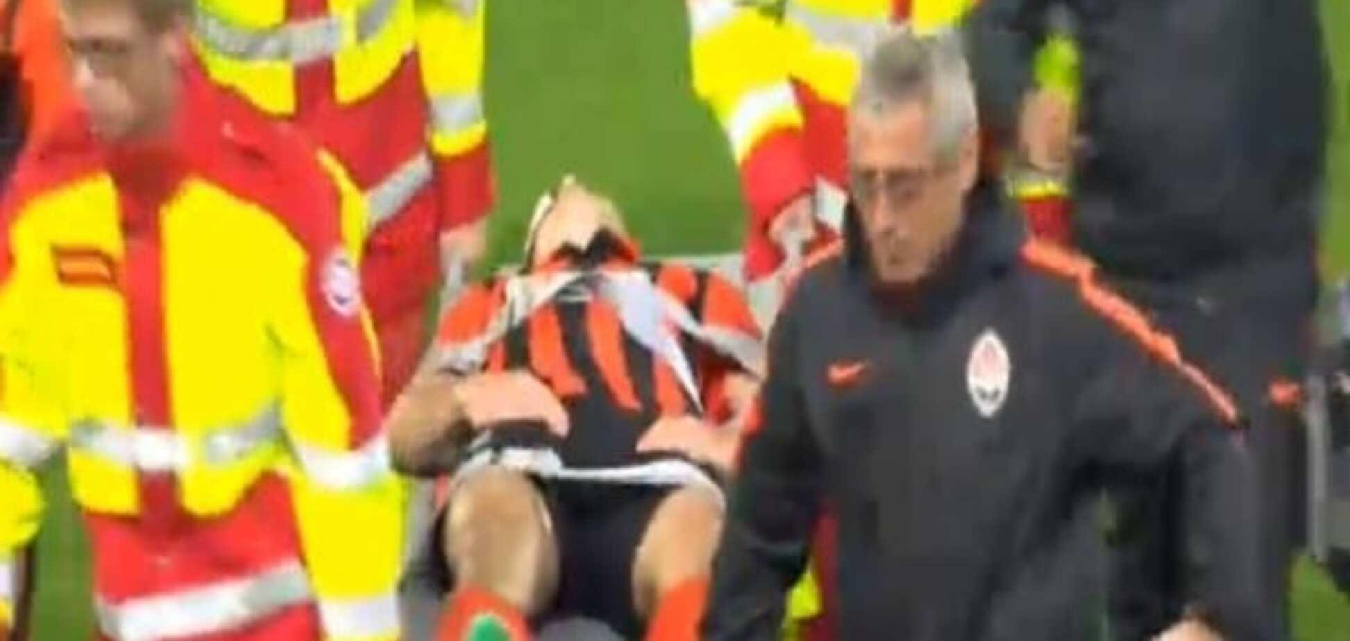 Со стадиона - в больницу: футболист 'Шахтера' получил серьезную травму в матче с 'Рапидом'