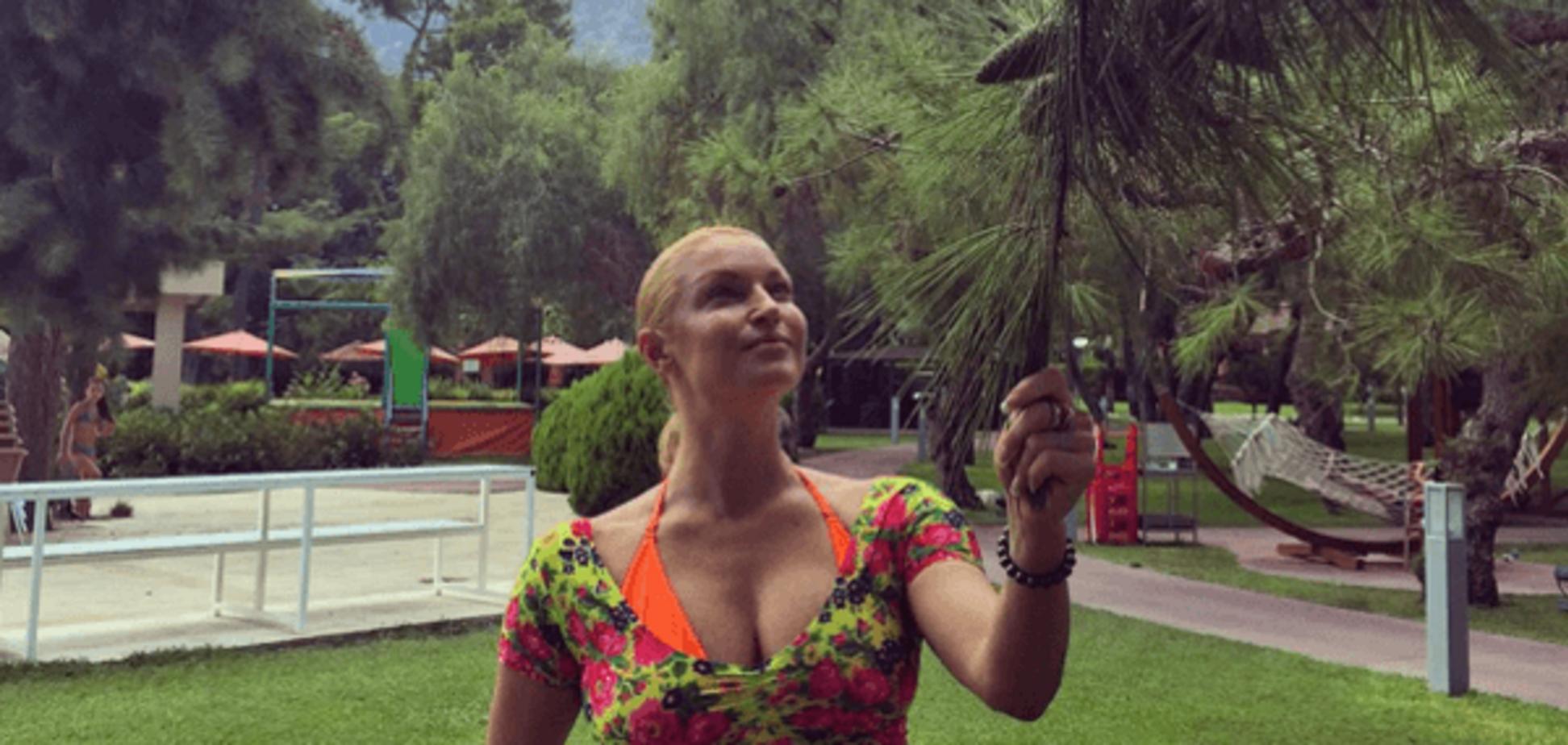 Волочкова шокировала невероятно дряблым животом: фотофакт
