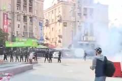 В центре Киеве произошли потасовки между футбольными фанатами: видео