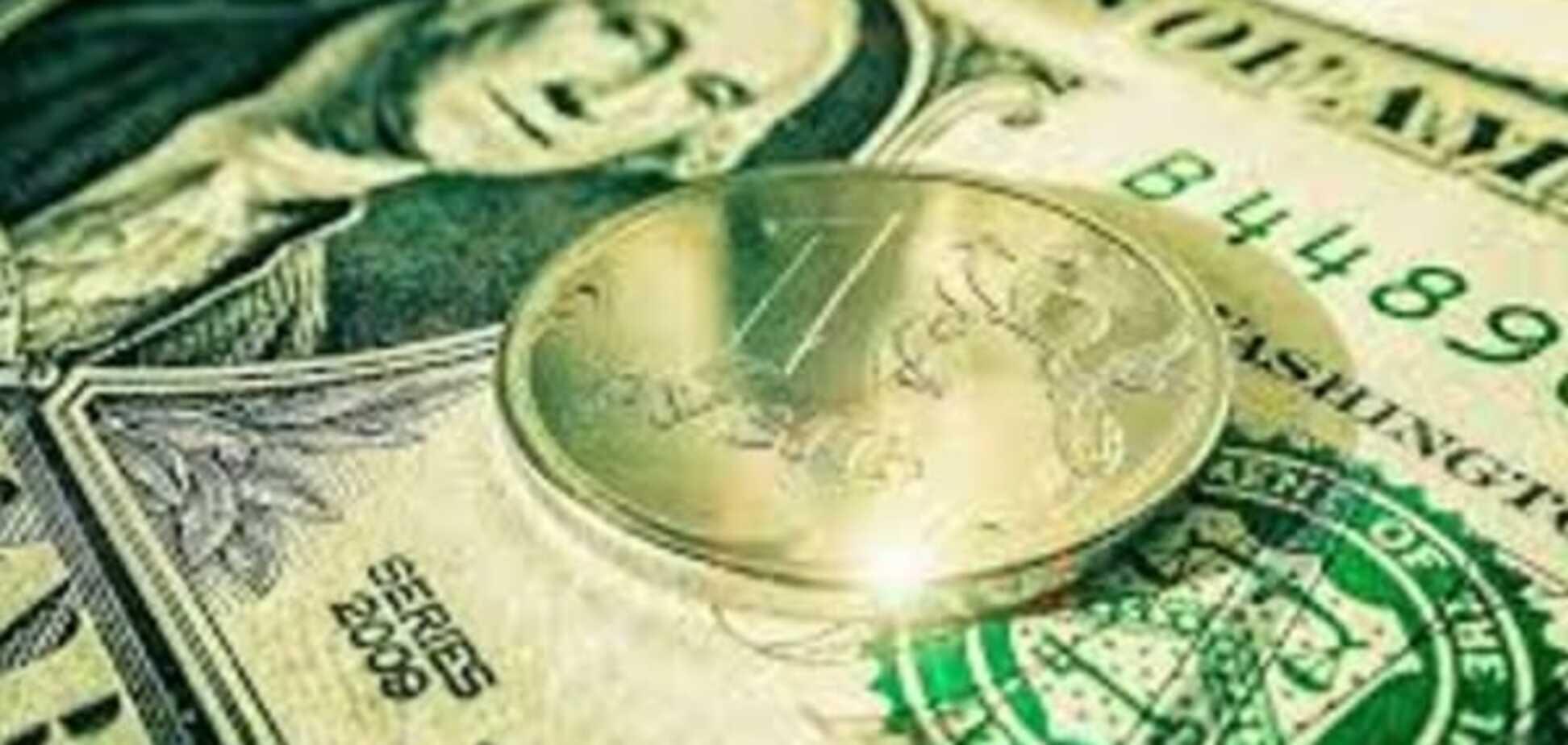 Курсовая паника: москвичи выстроились в очередь за долларом