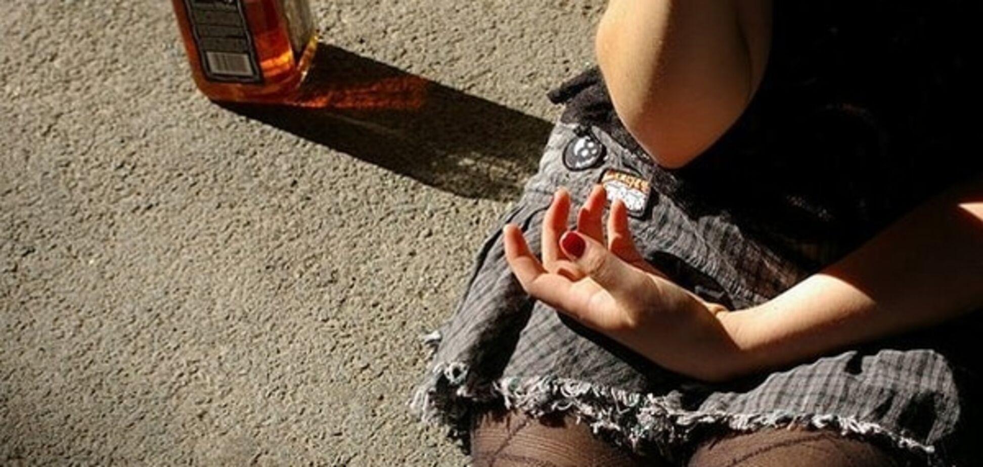 Китаянка выпила бутылку коньяка, отказавшись выкидывать ее в аэропорту