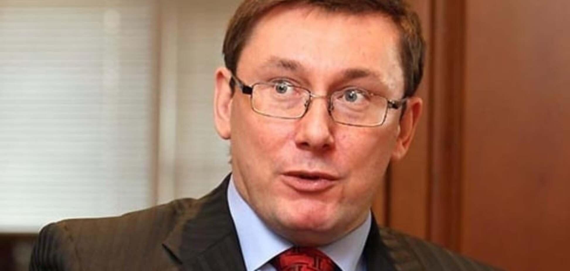 Луценко заявил, что не видит альтернативы Яценюку