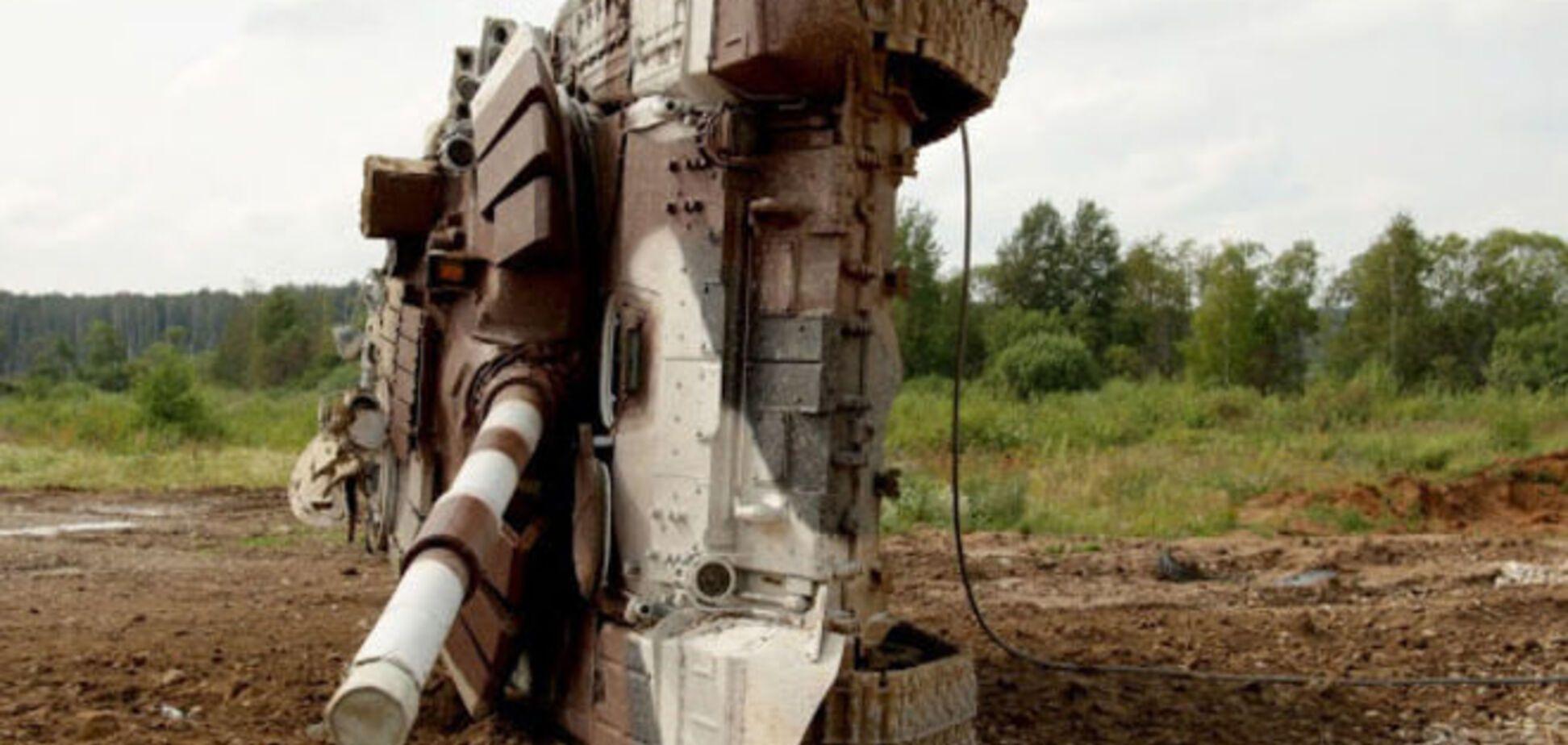 Танковый биатлон в России: один танк захлебнулся, другой перевернулся. Опубликовано видео