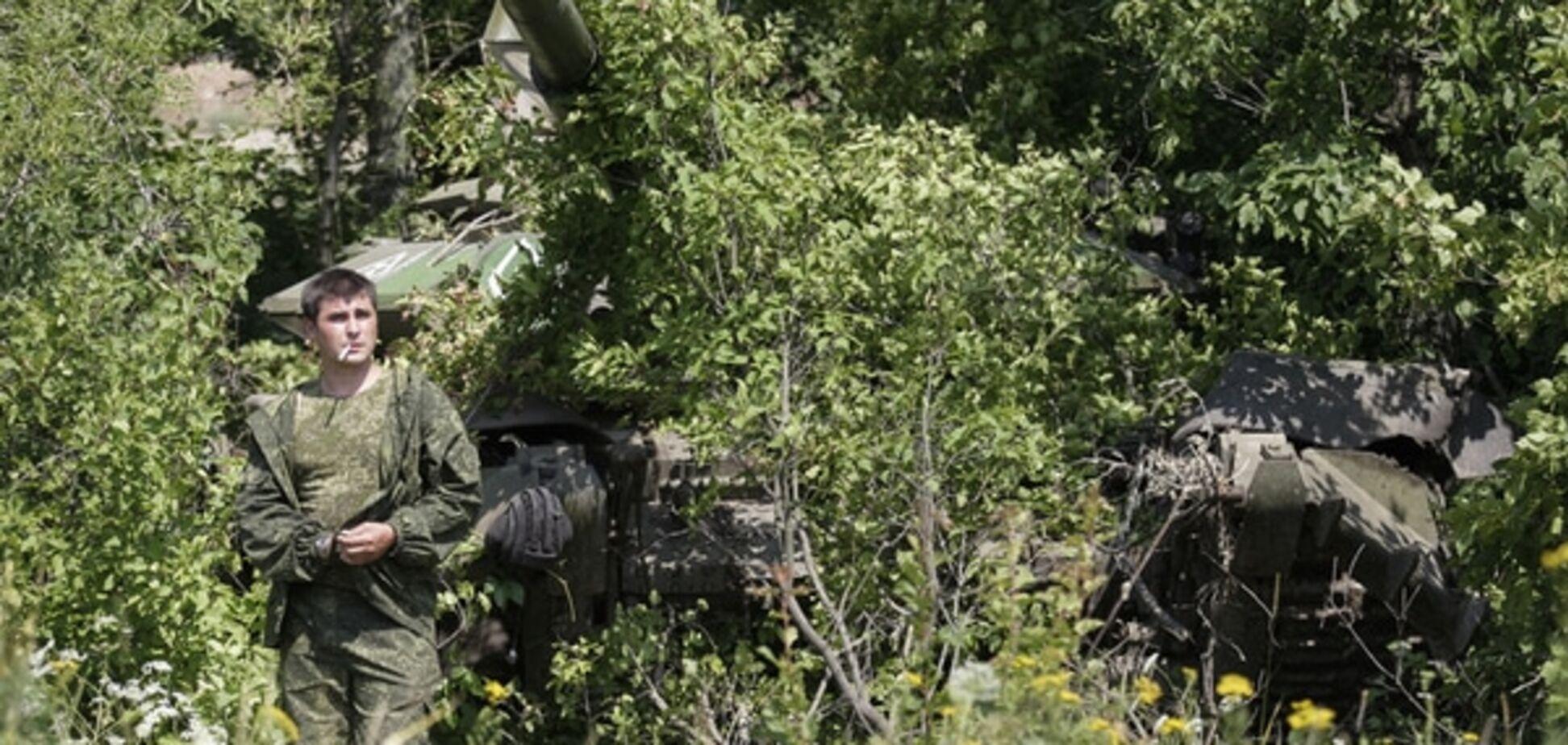 Террористы перебросили живую силу и технику в район Донецка