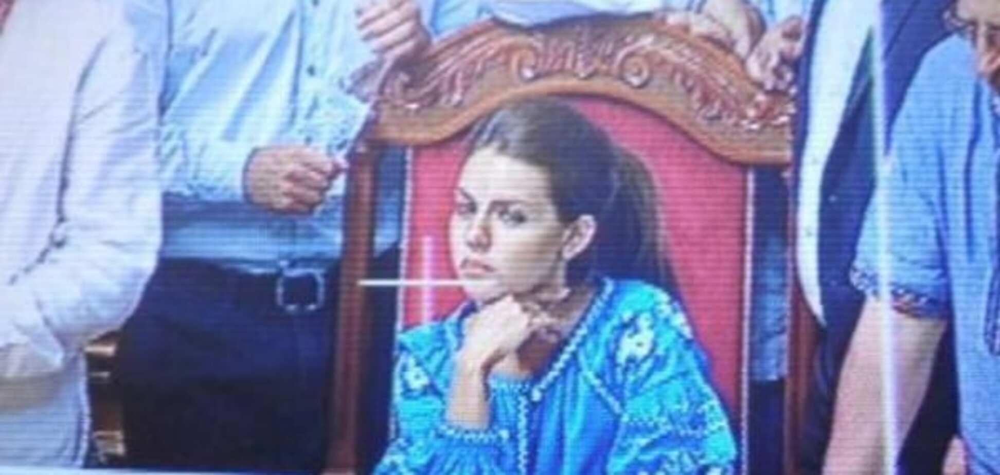 'Радикалка' Кошелева покрасовалась в Раде в вышиванке за 27 тыс грн: опубликованы фото