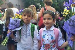Як українські політики проводжали дітей до школи: опубліковані фото