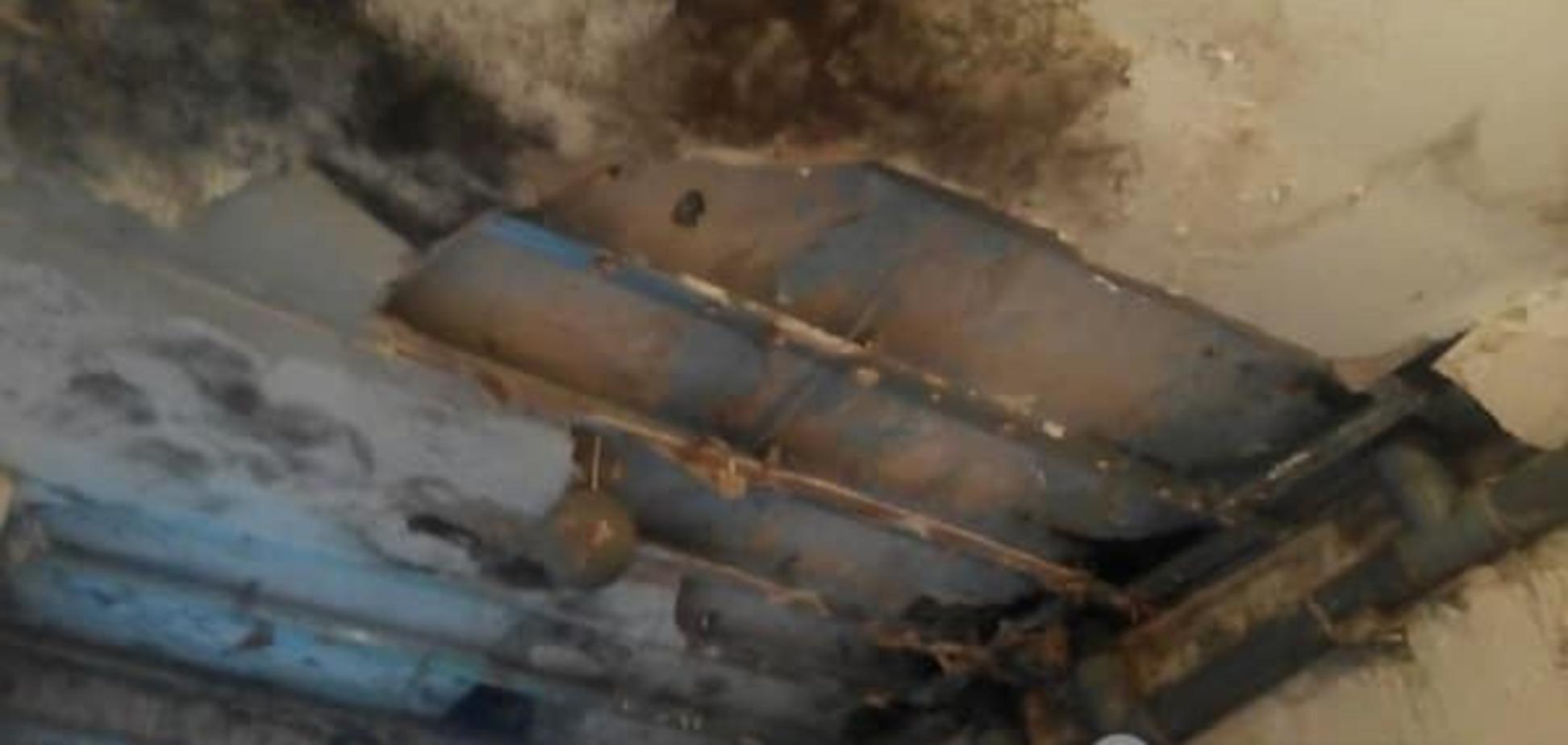 Цвіль і грибок: фоторепортаж із казарми українських десантників