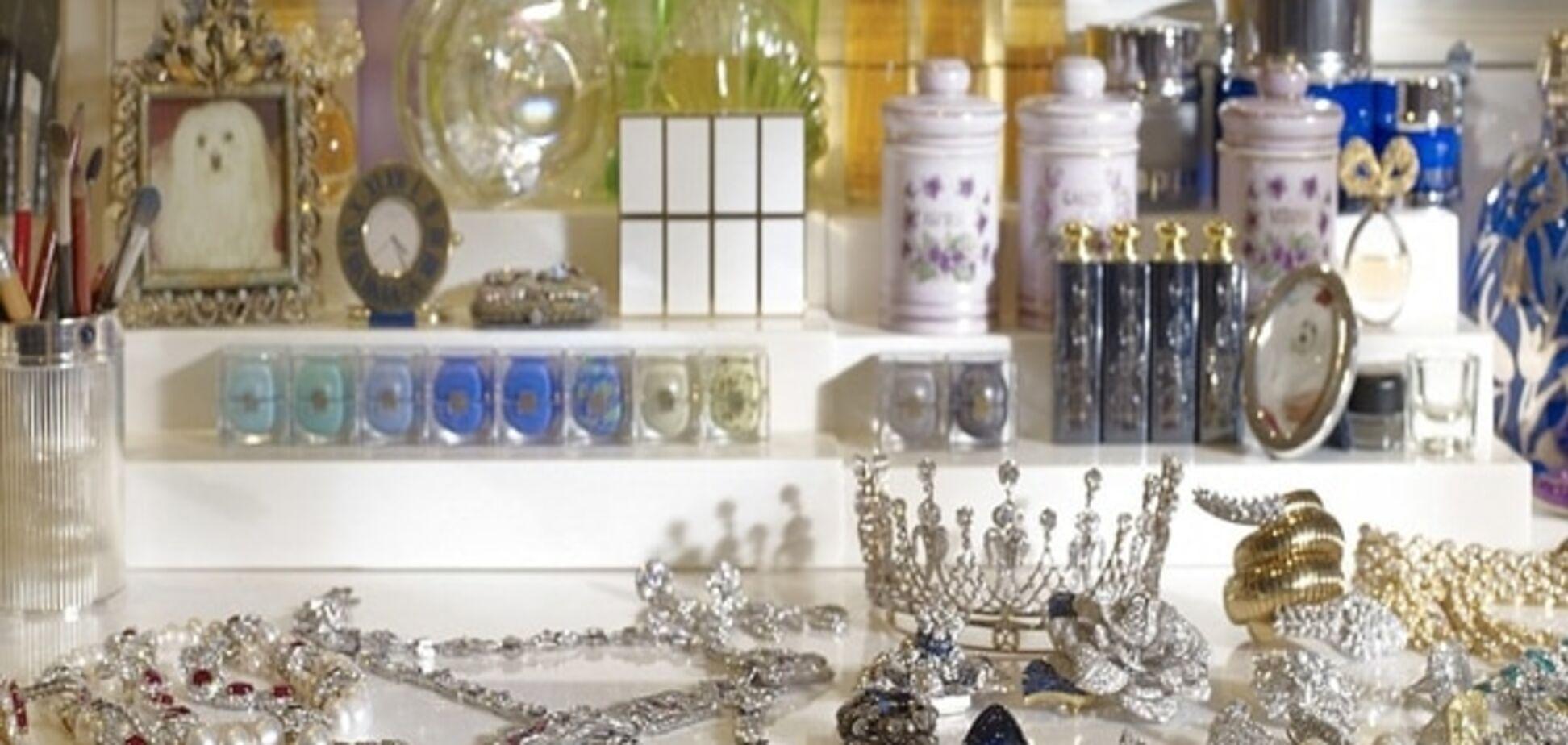 Меха, бриллианты и помада на зеркале: роскошь, в которой жила Элизабет Тейлор