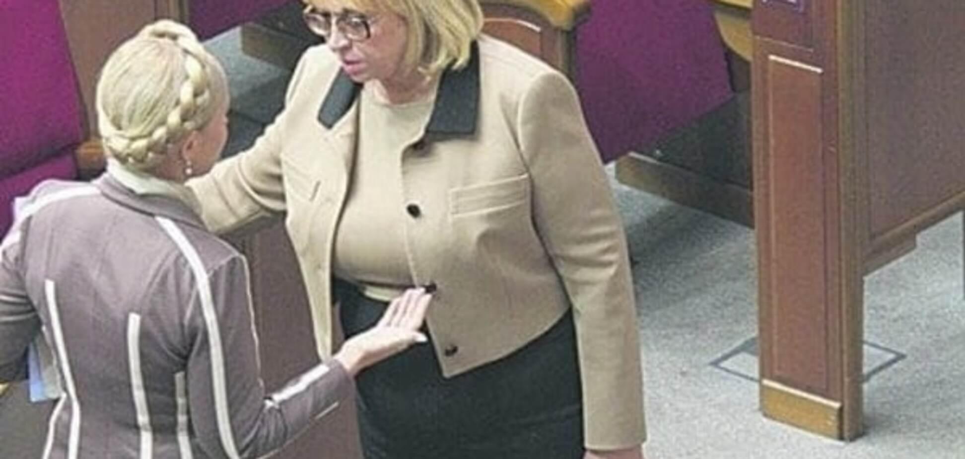 Европейская скромность не прижилась в украинской политике: в Раду вернулся Louis Vuitton и золотые Vertu