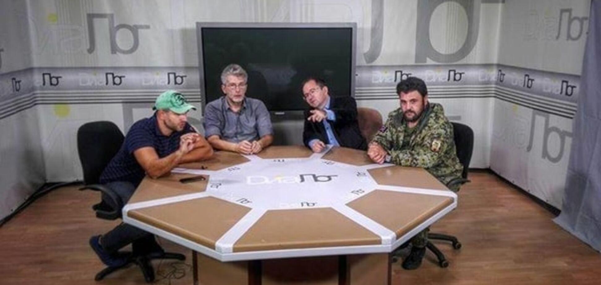 'Зрада' и 'честный' журналист: соцсети оценили визит Куликова к террористам