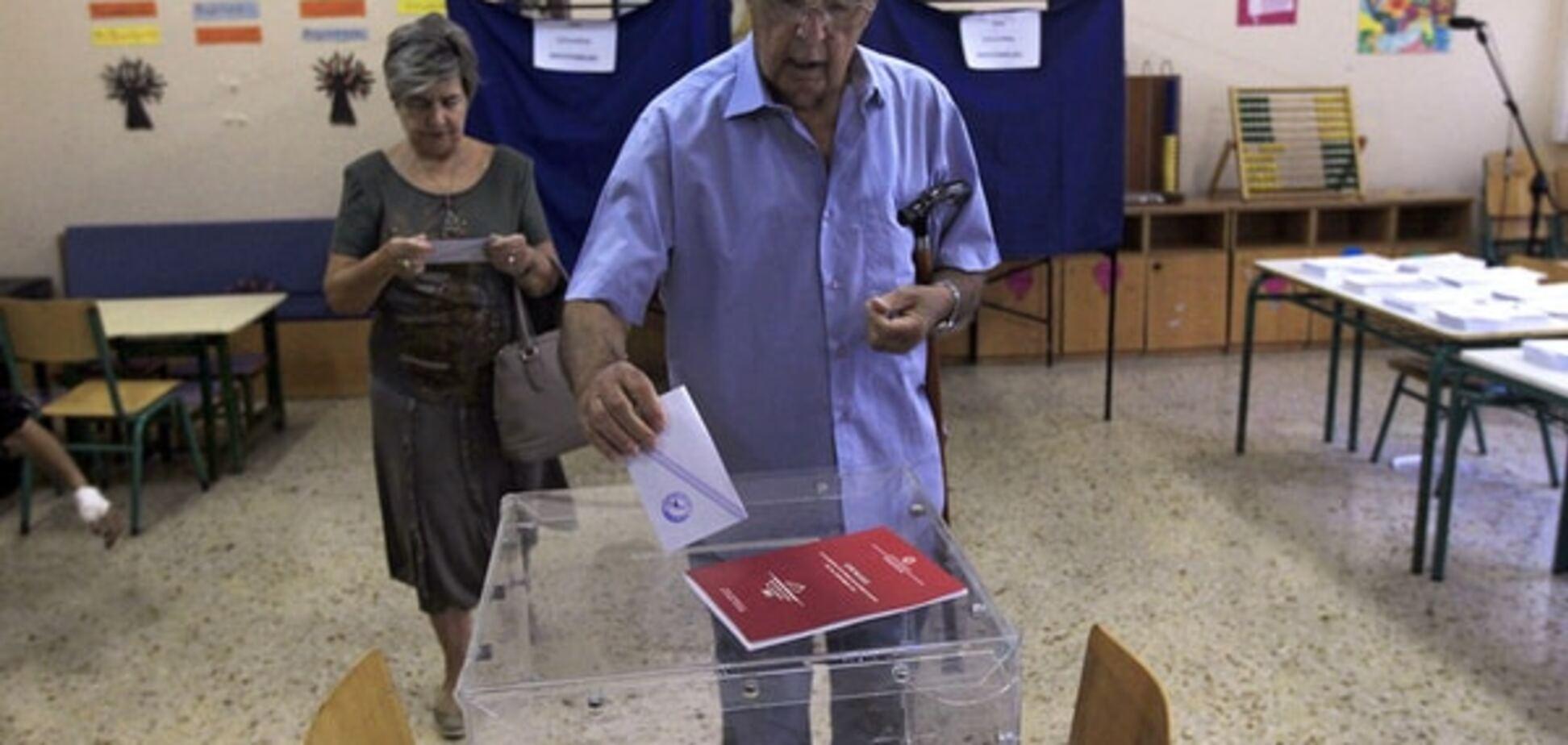 В Греции начались досрочные парламентские выборы