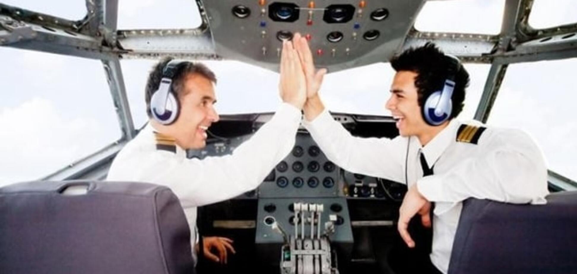 Небесный юмор: реальные смешные диалоги между пилотами и диспетчерами